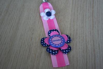 Sleutelhanger enkel Lint met Naam lichtroze/roze/navy
