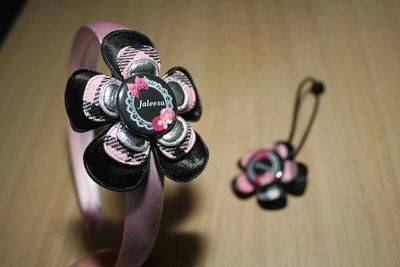 Set Haarband en Haarelastiek Naam schotse ruit roze/zwart/zilver