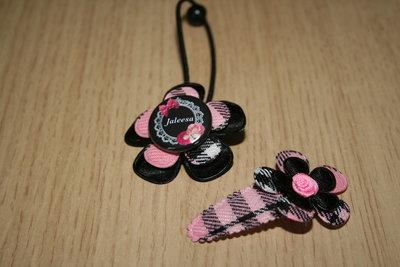 Set Haarelastiek en kniphoesje bloem schotse ruit roze