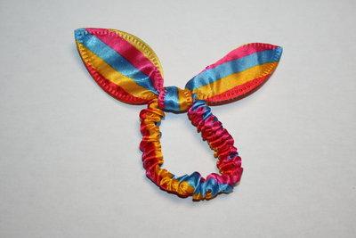 Kattenoren elastiek streep gekleurd