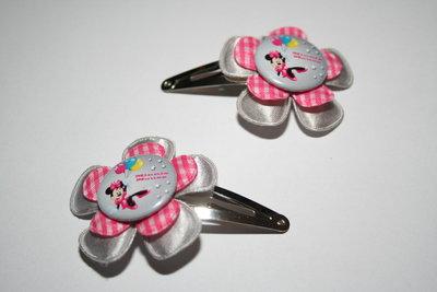 Haarclipje Minnie Mouse zilvergrijs/roze-witte ruit