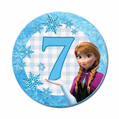 Anna met 7