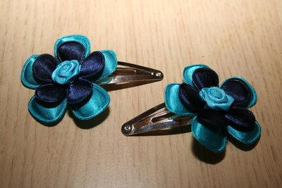 Haarclipje met roosje neon/donkerblauw