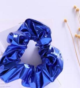 Scrunchie blauw metallic groot